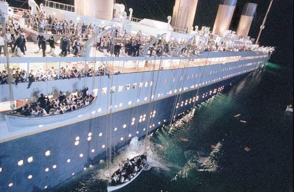 james cameron a pr sent les premi res images de titanic en 3d cinechronicle. Black Bedroom Furniture Sets. Home Design Ideas
