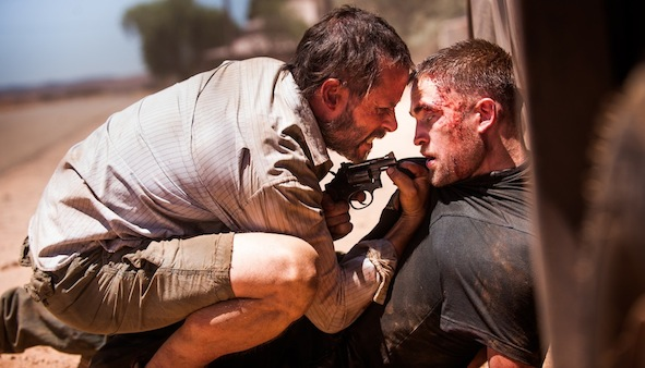 Guy Pearce et Robert Pattinson dans The Rover de David Michod