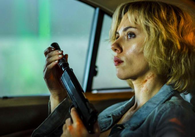Deux Nouveaux Extraits Pour Lucy Avec Scarlett Johansson