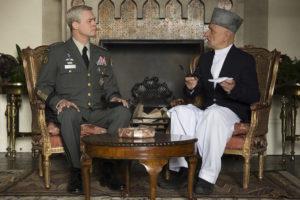 Brad Pitt et Ben Kingsley - War Machine