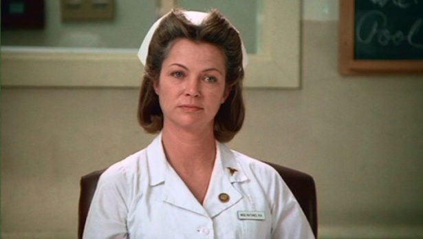 Louise Fletcher - Infimiere Mildred Ratched