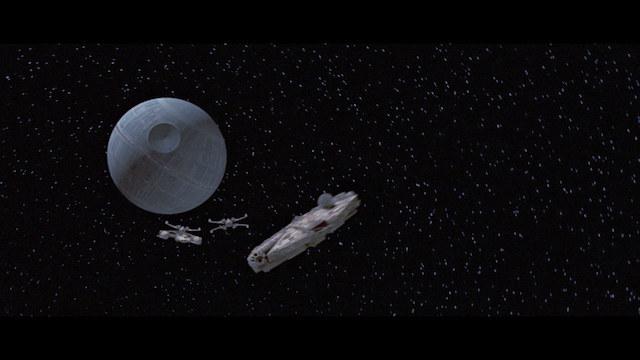 Etoile Noire et Faucon Millenium - Star Wars Un Nouvel Espoir