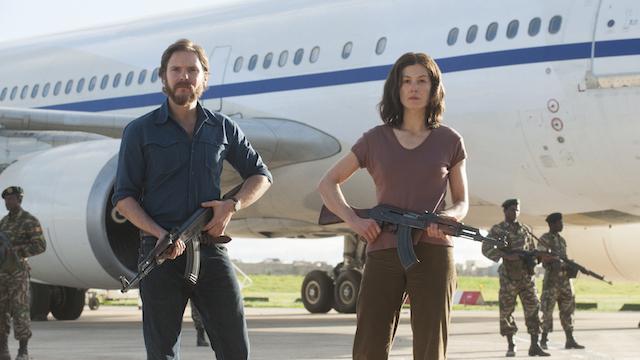 Rosamund Pike et Daniel Bruhl - Otages a Entebbe