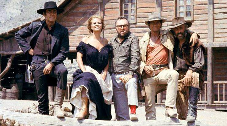 Il etait une fois dans l Ouest - Henry Fonda, Claudia Cardinale, Sergio Leone Charles Bronson et Jason Robards - Copyright Paramount