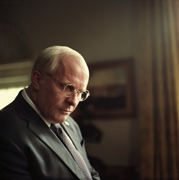 Vice : Christian Bale est Dick Cheney