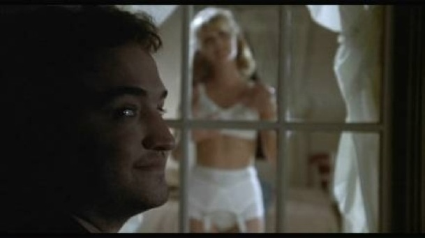 John Belushi (Bluto) et Mary Louise Weller (Mandy Pepperidge) dans Animal House (1978)