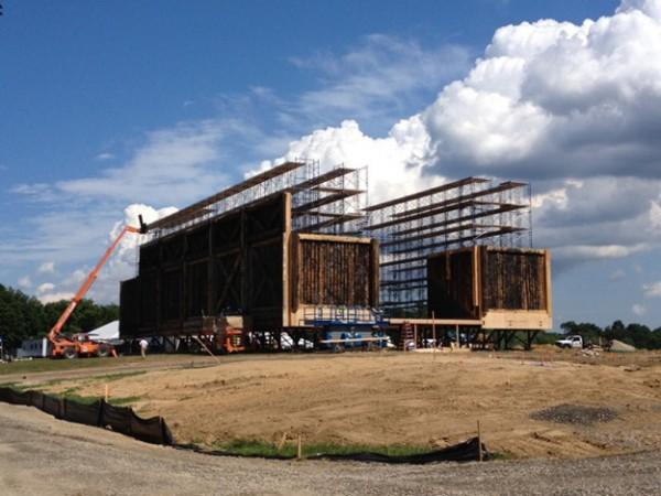 Décor en construction de l'Arche de Noé de Darren Aronofsky