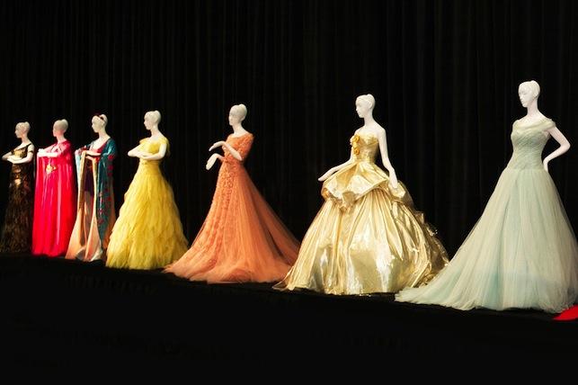 Disney robes princesses Christies
