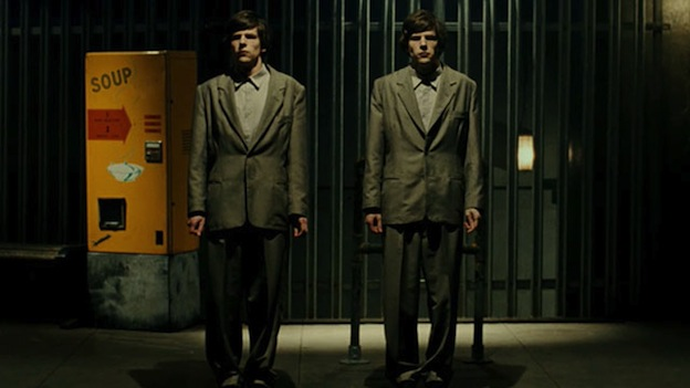 The Double de Richard Ayoade avec Jesse Eisenberg