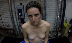 Evelyne Brochu dans le court-metrage The Nest de David Cronenberg