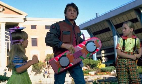 Hoverboard de Marty McFly (Michael J. Fox) - Retour vers le Future 2 de Robert Zemeckis