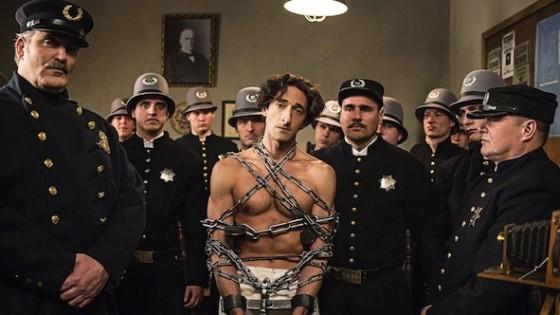 Adrien Brody dans la minisérie Houdini sur History Channel