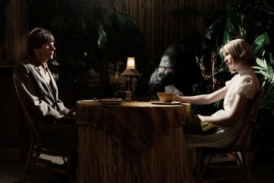 Jesse Eisenberg et Mia Wasikowska dans The Double de Richard Ayoade / © Mars Distribution