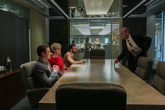 Lee Pace (Joe MacMillan), Mackenzie Davis (Cameron Howe), Scoot McNairy (Gordon Clark) et Toby Huss (John Bosworth) - Halt and Catch Fire - AMC