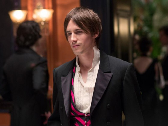 Reeve Carney (Dorian Gray) dans Penny Dreaful - Showtime