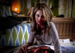 Ashley Greene dans Burying The Ex de Joe Dante
