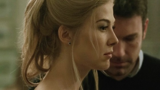Rosamund Pike et Ben Affleck dans Gone Girl de David Fincher