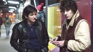 Arnaud Azoulay et Vincent Lacoste dans Eden de Mia Hansen-Love