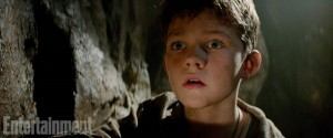 Levi Miller dans Peter Pan de Joe Wright