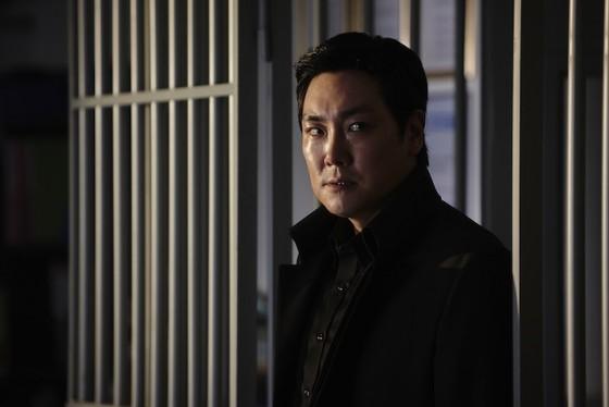Jo Jin-woong dans Hard Day de Kim Seong-hun