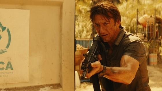 Sean Penn dans Gunman de Pierre Morel