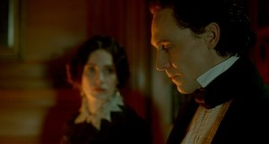 Tom Hiddleston dans Crimson Peak