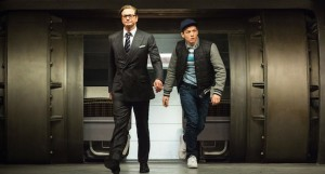 Colin Firth et Taron Egerton dans Kingsman - Services Secrets de Matthew Vaughn