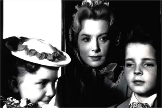 Deborah Kerr, Pamela Franklin et Martin Stephens dans Les Innocents de Jack Clayton