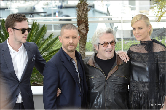 Nicholas Hoult, Tom Hardy, George Miller et Charlize Theron pour Mad Max -