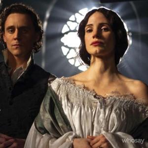 Tom Hiddleston et Jessica Chastain dans Crimson Peak