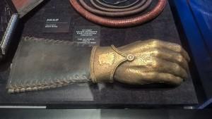 La main d'or offerte par Cirsei à Jaime Lannister - Expo GoT