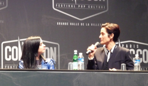 Krysten Ritter et Carrie-Anne Moss pour Jessica Jones - Paris Comic Con 2015 / Photo Yvan Lozac'hmeur pour CineChronicle