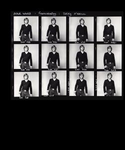 La Guerre des Étoiles / Star Wars Mark Hamill pour le film de George Lucas (1977). Planche contact (épreuve argentique) d'époque (20,5×25,5 cm, marges comprises) de Terry O'NEILL (né en 1938). Mention du photographe dans la marge supérieure