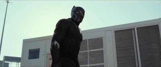 Black Panther dans Captain America - Civil War