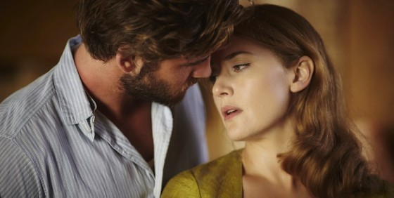 Kate Winslet et Liam Hemsworth dans The Dressmaker