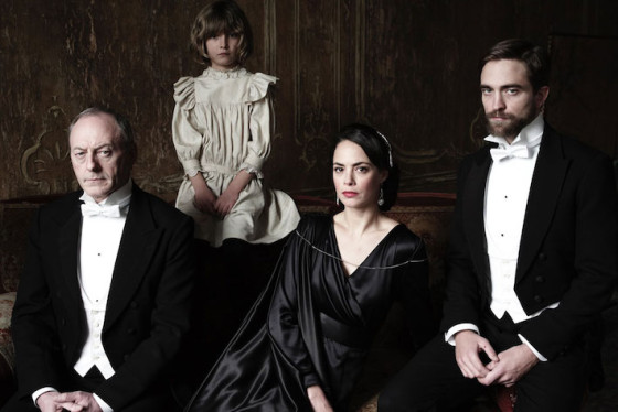 Berenice Bejo, Liam Cunningham, Robert Pattinson et le jeune Tom Sweet - L'Enfance d'un Chef