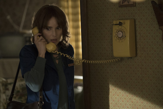 Winona Ryder dans Stranger Things - série Netflix