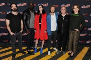Lequipe de The Defenders - Comic-Con de New York
