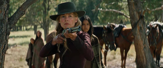 Rosamund Pike - Hostiles
