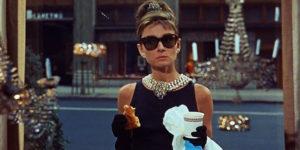 Audrey Hepburn - Diamant sur Canape