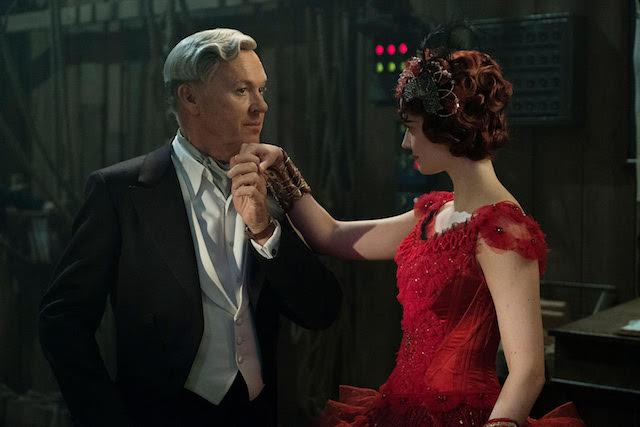 Michael Keaton et Eva Green - Dumbo