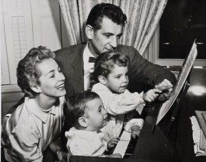 Leonard Bersntein, Felicia Montealegre Cohn Bernstein et leurs enfants