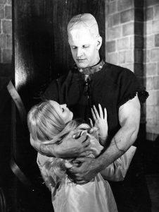 David Prowse dans Les Horreurs de Frankenstein de Jimmy Sangster