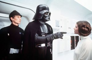 David Prowse face a Carrie Fischer dans Un Nouvel Espoir - Star Wars