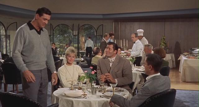 Ne menvoyez pas de fleurs avec Rock Hudson et Doris Day