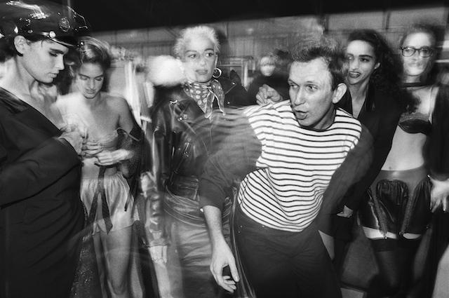 William Klein - Backstage, défilé de Jean Paul Gaultier